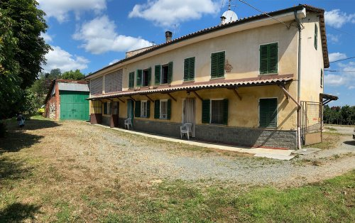 Bauernhaus in Vaglio Serra