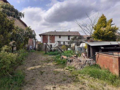 Casa de campo en Montegrosso d'Asti