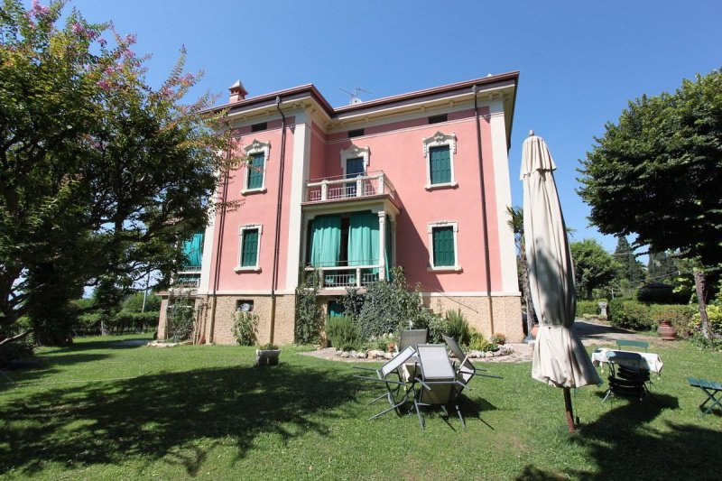 Country house in Lazise