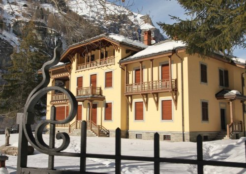 Villa in Gressoney-Saint-Jean
