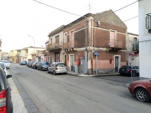 Wohnung in Fiumefreddo di Sicilia