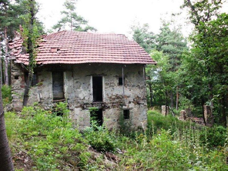 萨塞洛房屋