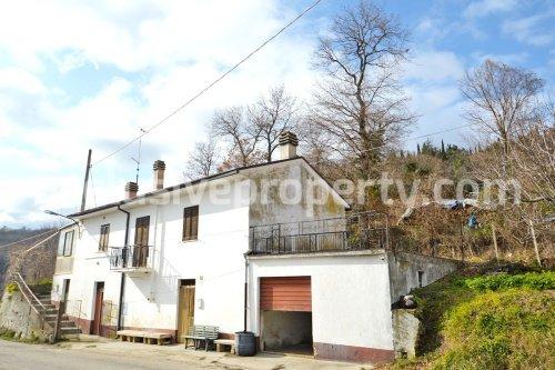 Casa independente em Tornareccio