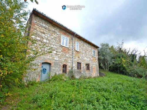 Casa de campo em Roccaspinalveti