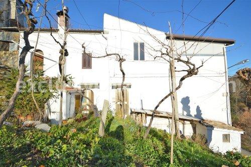Casa em Tornareccio