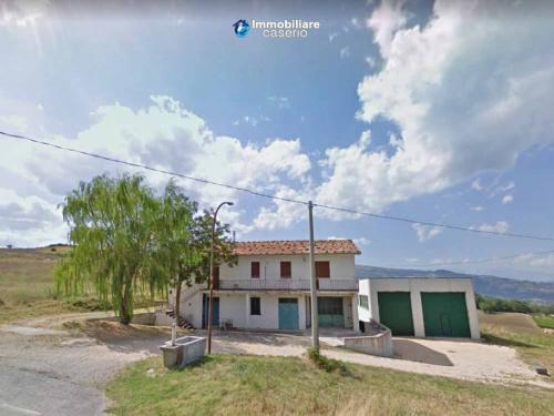 Maison de campagne à Carunchio