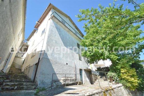 Huis in Belmonte del Sannio