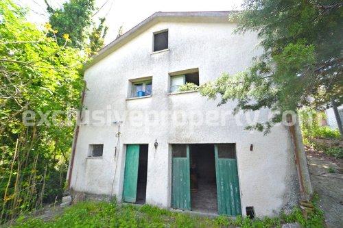 Huis op het platteland in Roccavivara