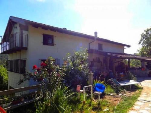 Casa de campo en Giusvalla