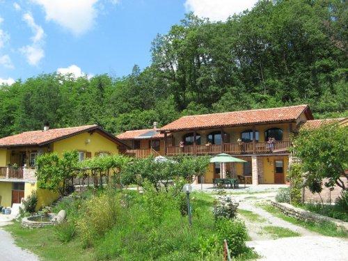 Bauernhaus in Bossolasco