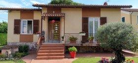 Einfamilienhaus in Ameglia