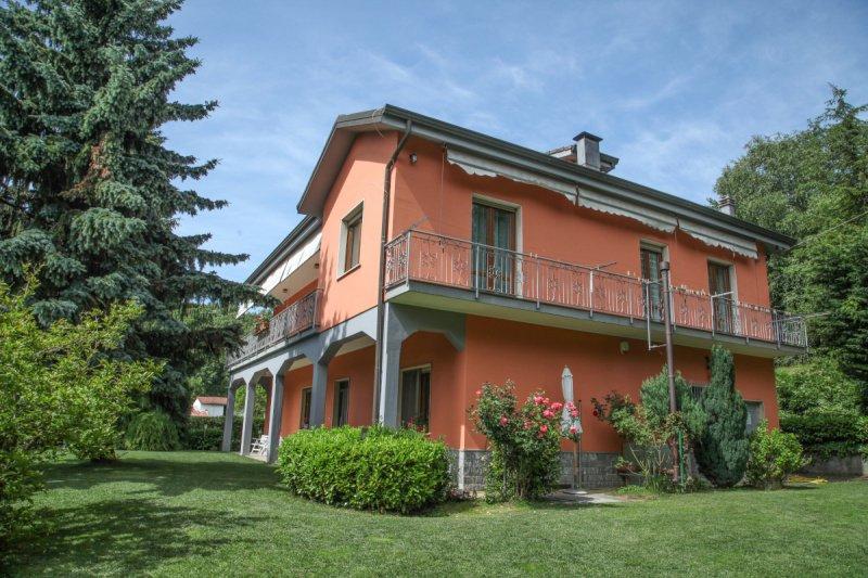 Villa in Cairo Montenotte