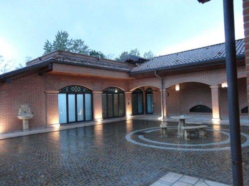 Villa in Garlasco