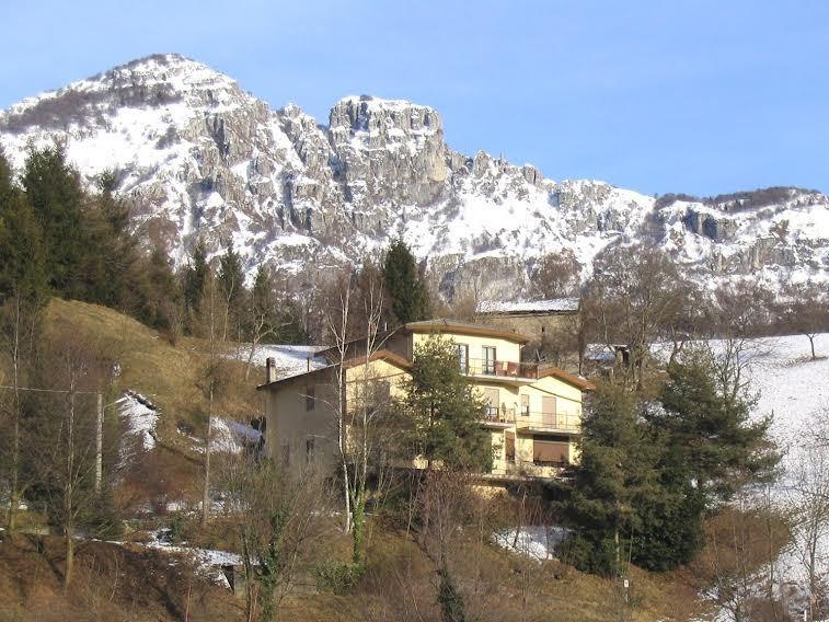 Einfamilienhaus in Val Brembilla