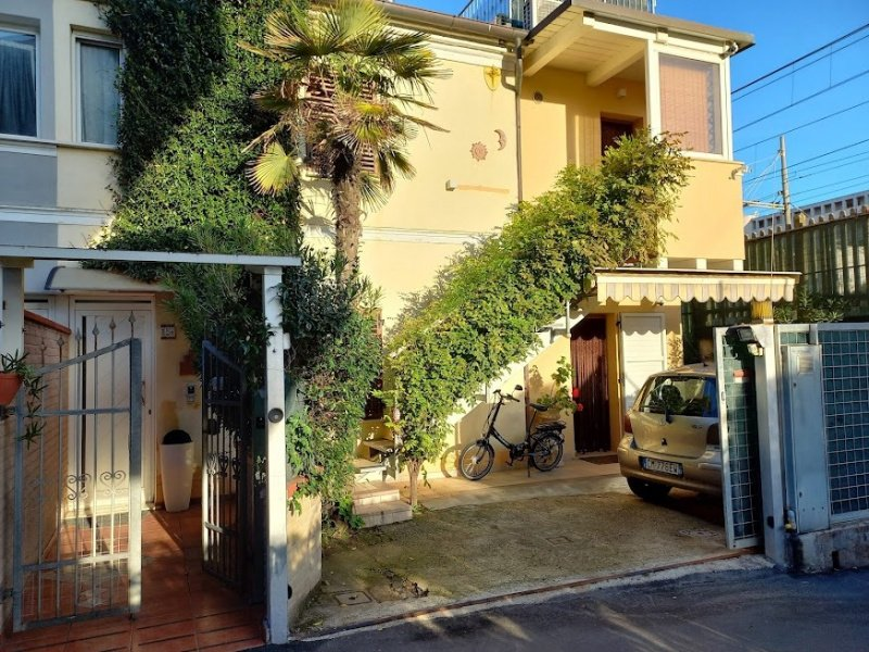 Casa independiente en Senigallia